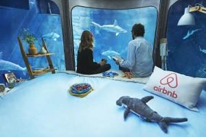 Подводная комната в Парижском океанариуме