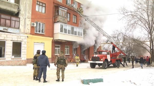 Взрыв произошел в подвале или на первом этаже здания