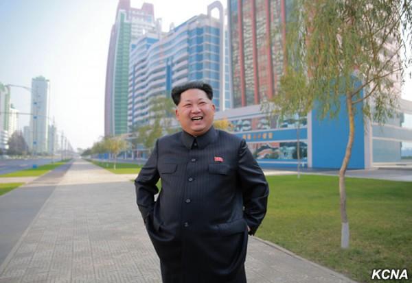 Корейский диктатор осмотрел новый район Пхеньяна