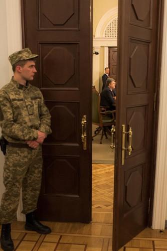Порошенко председательствует на заседании своей фракции