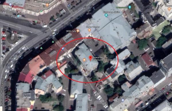 Общая площадь недвижимости около 700 кв.м.