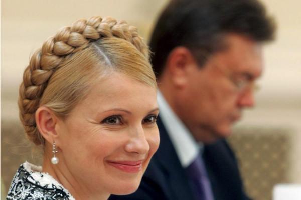 Тимошенко отрицает, что хотела поделить с Януковичем власть