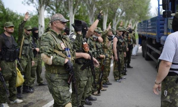 Боевики скапливают технику в районе Донецка