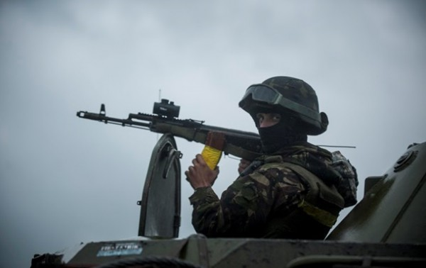 Украина готова ввести военное положение, но это пока не актуально