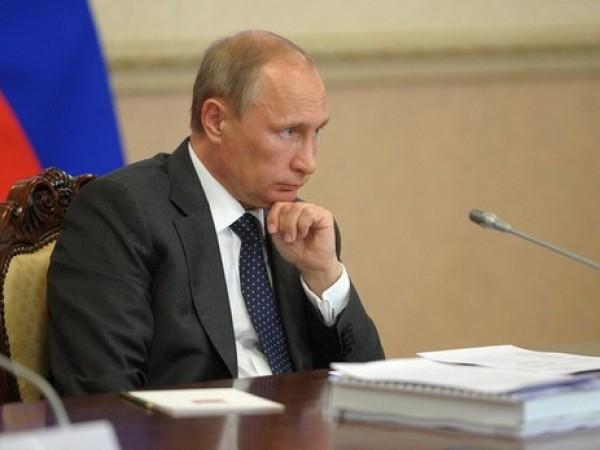 Путин подписал закон об ограничении иностранного ПО