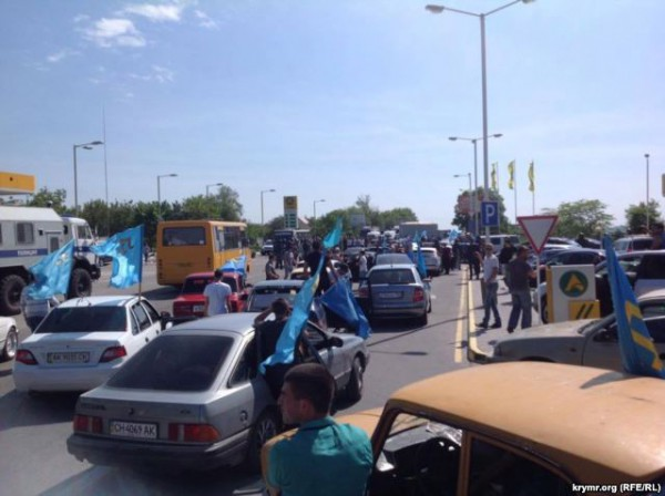 Участников автопробега арестовали
