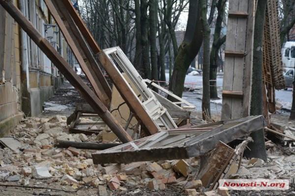 В центре Николаева обрушилось здание