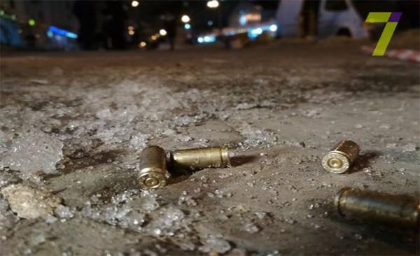 На месте инцидента были обнаружены гильзы