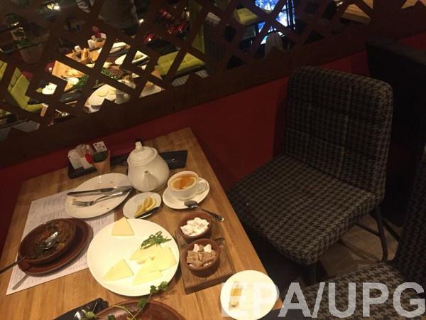 Саакашвили ел за этим столом