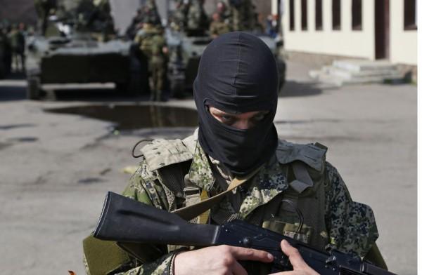 Вооруженные люди в области занимаются бандитизмом и мародерством
