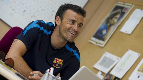 Луис Энрике подписал контракт с Барселоной