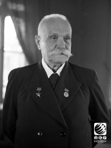 Евгений Патон - ученый в области сварки и мостостроения. 1950 год.