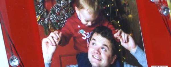 1 января самоубийца выпрыгнул из окна и упал на мальчика, оба погибли