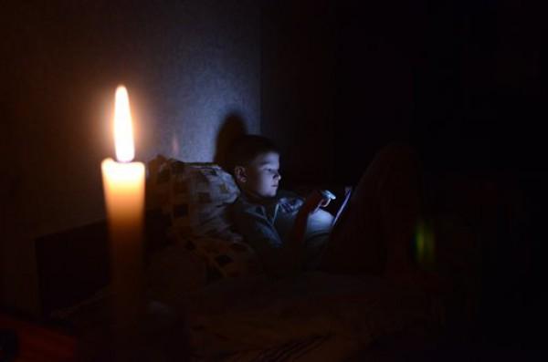 Из-за непогоды в Крыму происходят массовые аварийные отключения электроэнергии