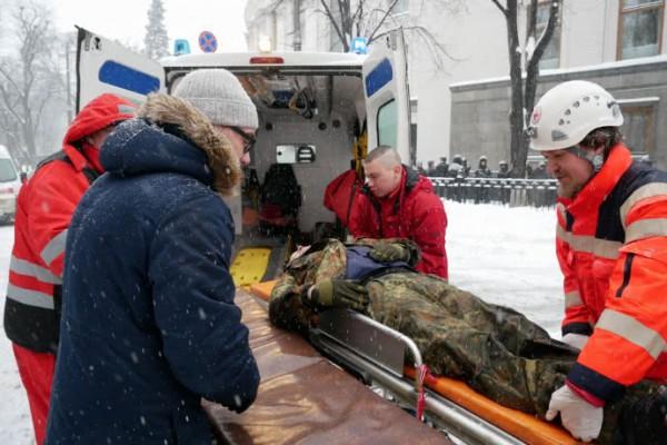 Аваков: снос палаток под Верховной Радой не был силовым разгоном