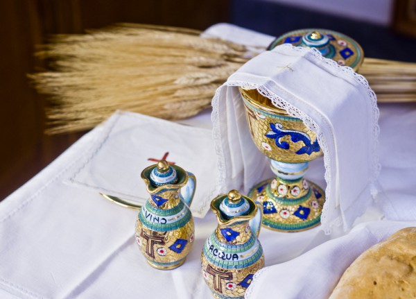Хлеб - один из символов религии