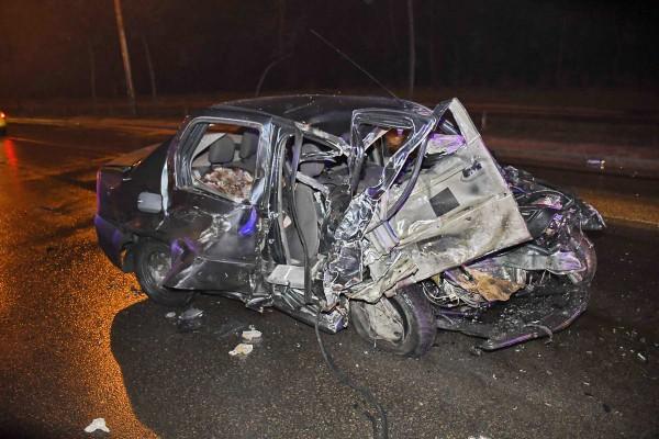 Погибли водитель и пассажирка Dacia