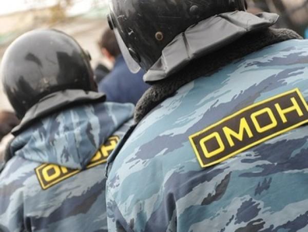 В Крыму ОМОН взял под охрану садики