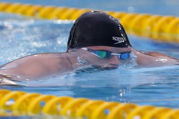 На чемпионате Украине молодой пловец установил национальный рекорд