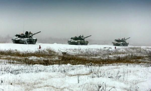 Россияне начали учения под Торезом
