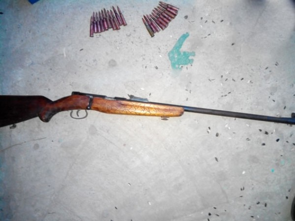 На Черниговщине пьяный мужчина угрожал группе людей снайперским оружием