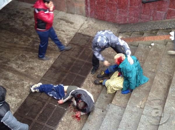 В Харькове избили людей, которые митинговали за Украину