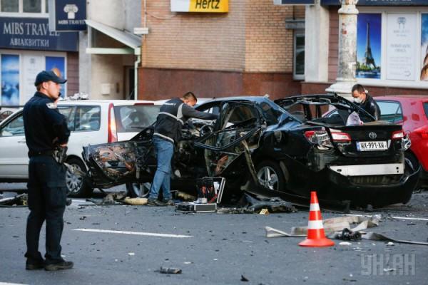 В результате взрыва автомобиля Тимур погиб на месте
