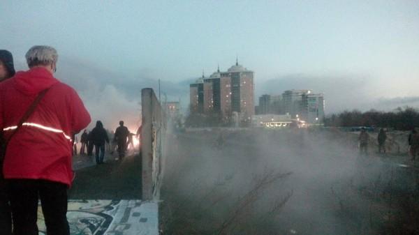 Столкновение активистов с охранниками стройки