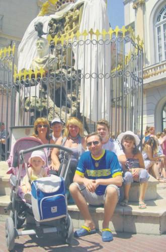 Юрий Стець на 3 дня съездил в Испанию. Специально в музей Дали