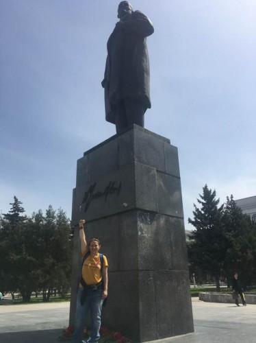Европарламентарий сфотографировалась на фоне памятника Ленину