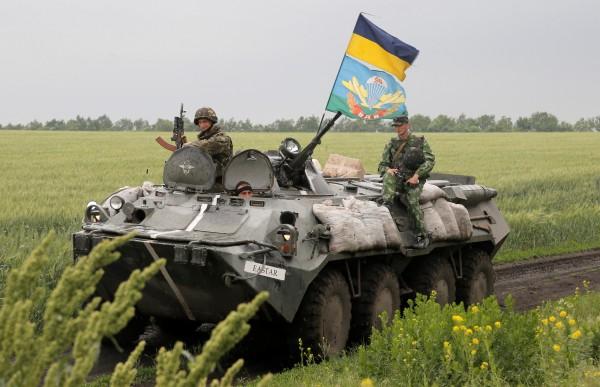 Луганский аэропорт находится под полным контролем украинских силовиков, - ИС - Цензор.НЕТ 4874