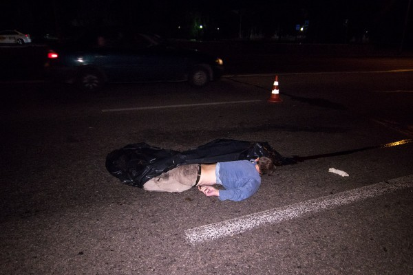 Полиция предполагает, что пешеход был неадекватен и сам бросился под колеса