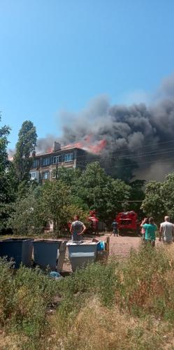 Возгорание началось с крыши