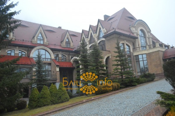 Резиденция Януковича в Гуте