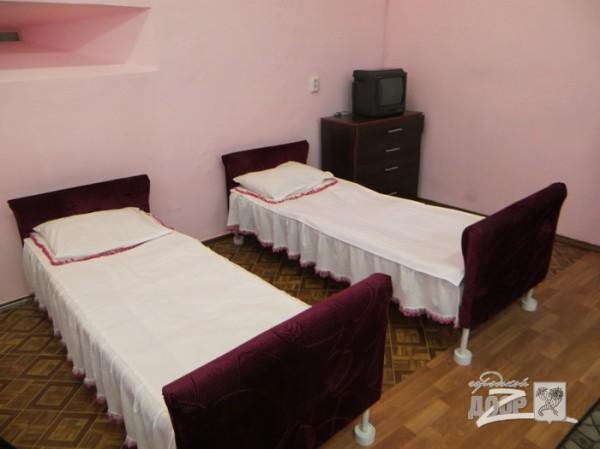 Зайцева живет в камере с девятью другими женщинами