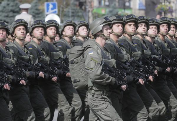 Когда регулярные войска РФ зашли в тыл нашим, между Иловайском и Киевом был один батальон. Тогда минские соглашения были чудом, - Луценко - Цензор.НЕТ 5200