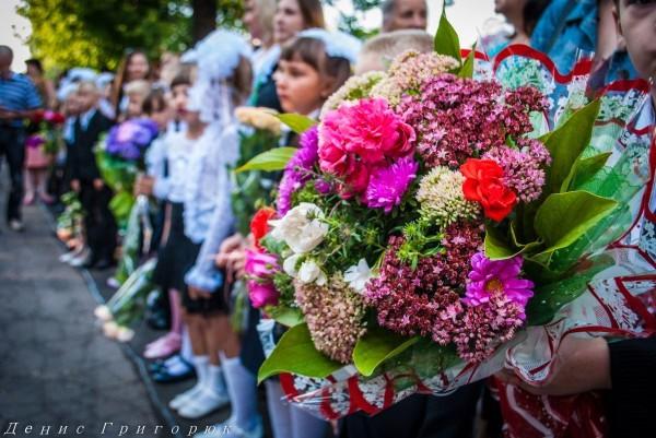 Главарь боевиков ДНР присутствовал на школьной линейке