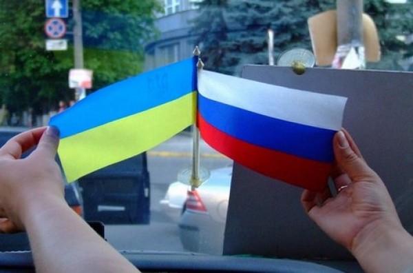 В СМИ и сфере услуг русский язык становится популярней