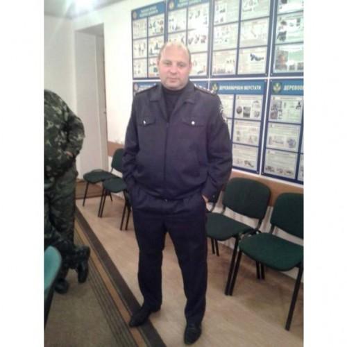 В беляевском районе одесской области работники милиции подбросили в скутер молодого человека пакет с наркотиками