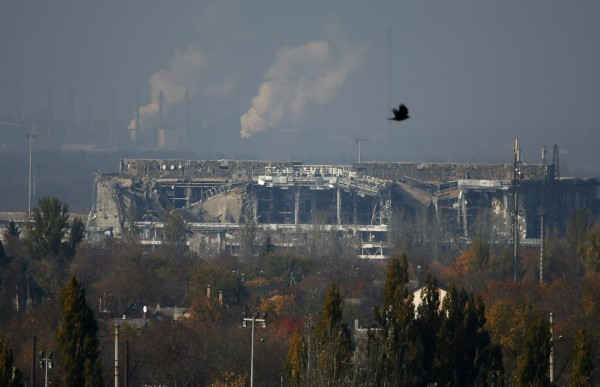 ОБСЕ зафиксировала полное разрушение терминала аэропорта Донецка