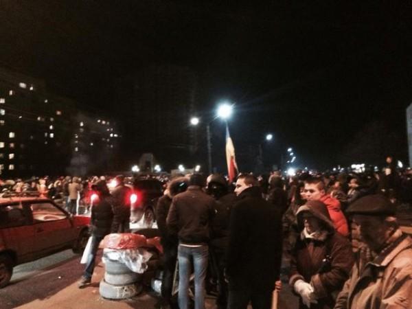 В Борисполе люди блокируют аэропорт
