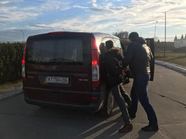 Задержание провели в пункте пропуска Краковец