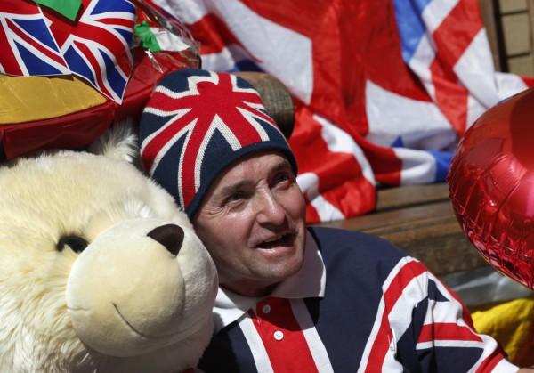 Британцы рады появлению на свет наследника престола