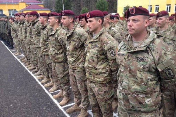 Бойцы163 воздушно-десантной бригады ВС США в Украине