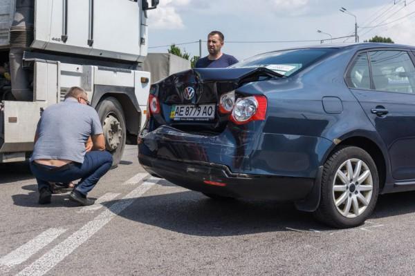 Такси в ДТП получило незначительные повреждения