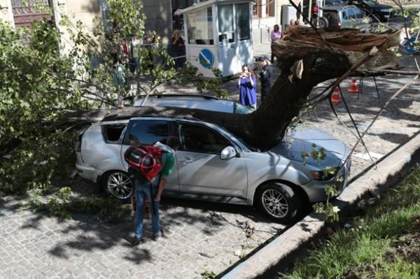 Авто использовала нардеп от БПП Оксана Юринец