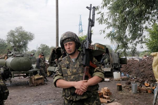 Луганский аэропорт находится под полным контролем украинских силовиков, - ИС - Цензор.НЕТ 3178