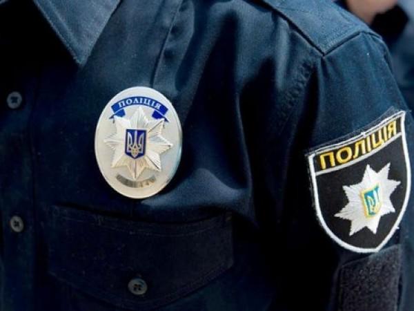 Неизвестные напали на полицейских