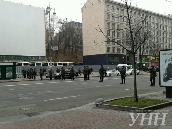 Вцентре украинской столицы силовики будут проверять автотранспорт