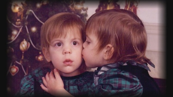 В детстве девочки мечтали стать сестрами